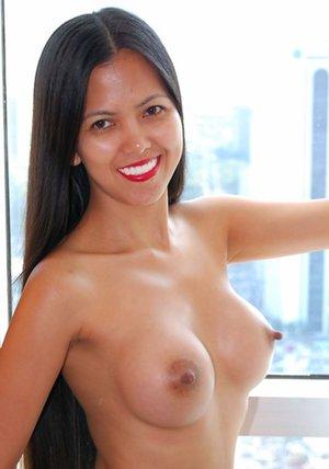 Busty Amateur Asian Pics
