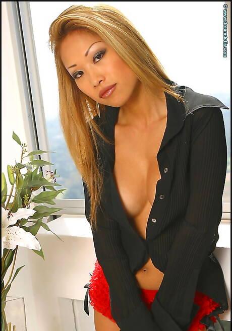 Blonde Asian Pics