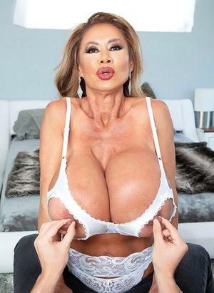 Huge Tits Asian Pics