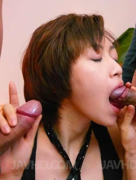 Blowbang Asian Pics