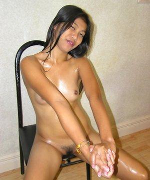 Oiled Asian Pics