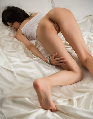 Young Pussy Asian Pics