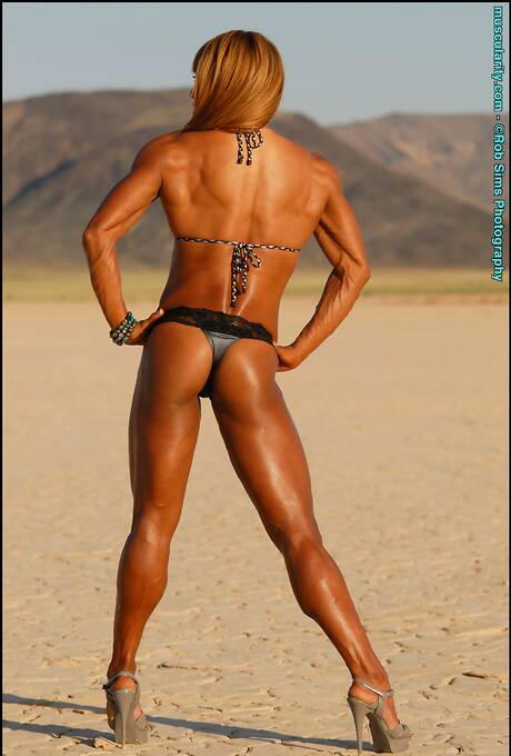 Bodybuilder Asian Pics